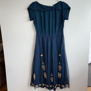 Anthropologie Chan Luu Silk Beaded Gown Size M